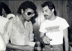 Michael Jackson and Freddy Mercury: | The 45 Most Legendary Pictures Ever Taken