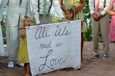 * BEACH CHIC WEDDING *