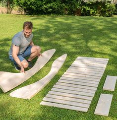 Building a garden lounger Woodworking Projects Diy, Diy Wood Projects, Outdoor Projects, Furniture Projects, Outdoor Furniture Plans, Diy Garden Furniture, Wooden Pallet Furniture, Garden Seating, Outdoor Seating