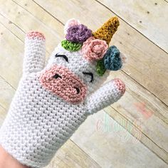 This unicorn hand puppet pattern is so cute and fun! Great for creative play and story time. It could also be made in cotton yarns for a bath puppet!