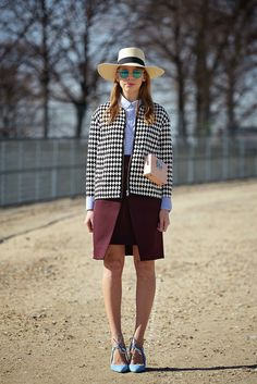 Parisienne: THE STRAW SPRING HAT