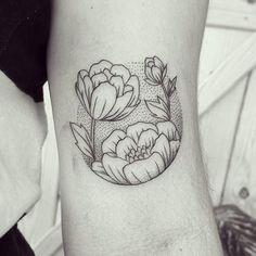 Pretty Tattoos, Cute Tattoos, Beautiful Tattoos, Small Tattoos, Circle Tattoos, Flower Tattoos, Aesthetic Tattoo, Hand Poked Tattoo, Design Tattoo