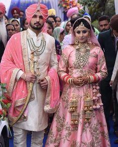 Punjabi Wedding Couple, Sikh Wedding, Wedding Suits, Wedding Attire, Punjabi Couple, Wedding Wear, Wedding Dress, Indian Wedding Lehenga, Pakistani Wedding Outfits
