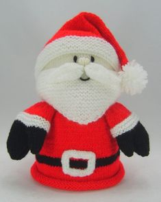 Description Knitting pattern instructions to knit a Santa Toilet Roll Cover Yarn Required : Double Knitting. Stuffing Needle Size : Single Point Needles Main Colours : Toy Dimensions : To fit standard toilet roll sizes at Christmas Knitting Patterns, Knitting Patterns Free, Free Knitting, Crochet Patterns, Bear Patterns, Amigurumi Patterns, Father Christmas, Christmas Toys, Christmas Decorations