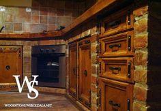 téglából épített konyhabútorok - Google keresés Rustic Kitchen, Kitchen Decor, Kitchen Stuff, Brick And Stone, Small House Plans, Rustic Interiors, Home Improvement, Sweet Home, Kitchen Cabinets