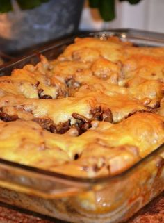 Når kveldskosen skal vera god, men enkel, kan dette vera ei grei oppskrift å henta fram. Crockpot Recipes, Vegan Recipes, Cooking Recipes, Moroccan Vegetables, Norwegian Food, Dinner Is Served, Love Food, Food Porn, Dinner Recipes