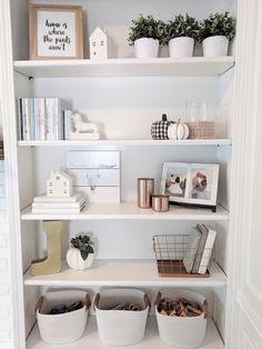 Decorating Built- ins or shelves can be overwhelming. Check out this post for my.Decorating Built- ins or shelves can be overwhelming. Check out this post for my 10 tips for making your shelves look polished and put together. Decoration Bedroom, Diy Home Decor, Living Room Shelf Decor, Built In Shelves Living Room, Shelves In Bedroom, Kitchen Shelf Decor, Bookshelves In Living Room, Dinning Room Shelves, Alcove Ideas Living Room