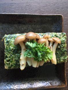 Spinach tofu with Shimeji mushrooms