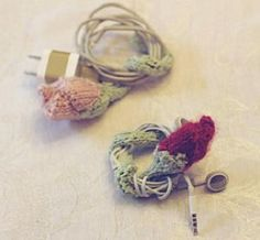 Ravelry: rosebud cord keeper pattern by erin kate archer Knitting Patterns Free, Knit Patterns, Free Knitting, Knitting Needles, Yarn Stash, Yarn Needle, Easy Knit Hat, Cord Holder, Easy Knitting Projects