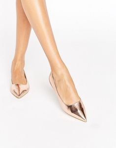 Rose gold pointy toe heels