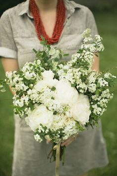 Bouquet by Jaclyn Journey.(my friend!)  Photo by Lang Thomas Photography