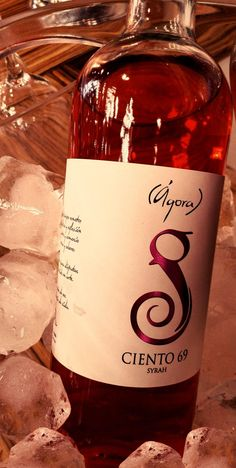 """Ya lo decía un sabio..""""Quien sabe degustar no bebe jamás el vino, sino que degusta secretos."""" S.Dalí. #CitasCélebres"""