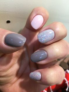 Gelish From Rodeo to Rodeo drive & Shellac Winter Glow with Lecente Spark glitter