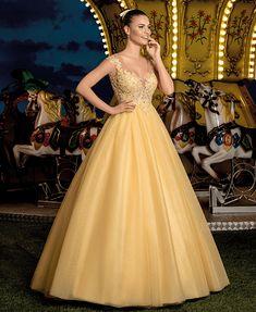 Arquivos Cotton Candy - Center Debutantes Quince Dresses, 15 Dresses, Cute Dresses, Beautiful Dresses, Formal Dresses, Wedding Dresses, Beige Blond, Neon Light, Sweet Fifteen