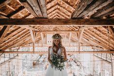 50letá slovenská slivovice — Víťa Malina | svatební fotograf Wood Watch, Wedding Photography, Wooden Clock, Wedding Photos, Wedding Pictures