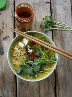 10-Minute Butternut Squash Ramen Bowl With Rice Noodles, Tofu, and Pea Shoots. #fastrecipes #easyrecipes #quickrecipes