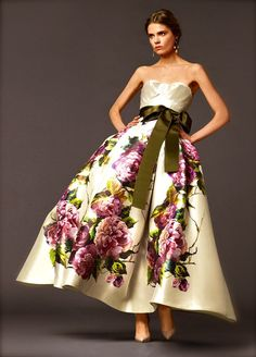 20 Floral Wedding Dresses That Will Take Your Breath Away - Dolce & Gabanna