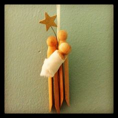 Christmas ornament of Nativity for the children to make--so cute!