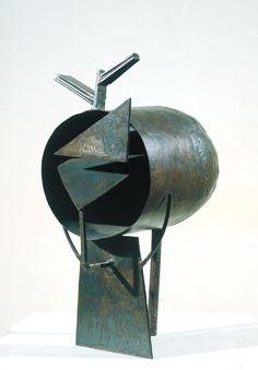 Julio González ~ Kop (De tunnel) ~ 1932-1933 ~ IJzer ~ 46 x 22 x 40 cm. ~ Tate, Londen