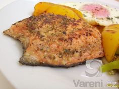 losos na bylinkách Meat Recipes, Healthy Recipes, Czech Recipes, Fish And Meat, Sweet And Salty, Vitamins, Czech Food, Fitness, Cooking