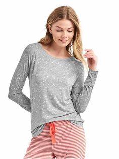Gap has pajamas and sleepwear in coordinating tops and bottoms. Sleepwear & Loungewear, Sleepwear Women, Pajamas Women, Gap Women, Night Gown, Pajama Set, Lounge Wear, Personal Style, Long Sleeve Tees
