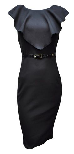 A totally elegant and classy black dress! So simple and sophisticated!