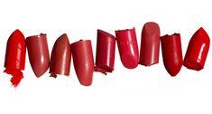 Créer son propre rouge à lèvre, avec cire d'abeille, beurre de karité, huile d'amande douce, et condiments pour colorants.