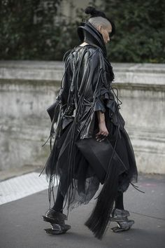 Lily Gatins • Paris Fashion Week • Photo by Julien Boudet • bleumode.com
