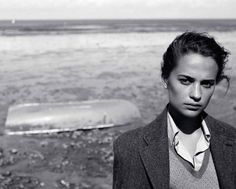 alicia vikander for vogue uk august 2016