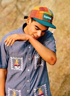 Grungy Loose-Fitting Fashion : SENSE magazine