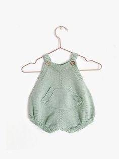 How to make the Pickles Knitted Romper - Pattern and Tutorial - Baby Romper Pattern, Baby Dress Patterns, Baby Clothes Patterns, Baby Knitting Patterns, Scarf Patterns, Knitting Tutorials, Knitted Baby Clothes, Knitted Romper, Crochet Jacket