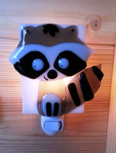 Nightlight racoon fused glass forest friend baby by VeilleSurToi Fused Glass Art, Mosaic Glass, Stained Glass Night Lights, Glass Lights, Modern Kids Decor, Night Lite, Fire Glass, Nightlights, Forest Friends