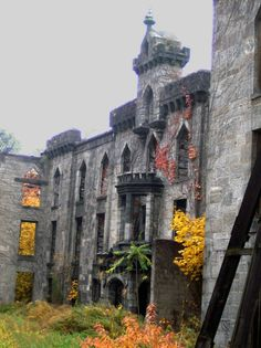 Renwick Ruin - Roosevelt Island, NY, United States. The Smallpox Hospital, also known as Renwick Ruin, built between 1854-1856