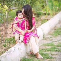 Mom And Daughter Matching, Mom Dress, Family Kids, Mix N Match, Matching Outfits, Salwar Suits, Dress Outfits, Dresses, Suits For Women