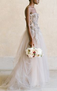 Vera Wang blush wedding gown. Photo: Elizabeth Messina