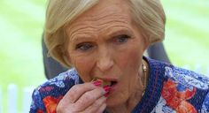 RIP Great British Bake Off: Mary Berry Is Out -  RIP Great British Bake Off: Mary Berry Is Out The show is abandoning the BBC for Channel Four following its seventh season leading to the swift departure of beloved co-hosts Mel and Sue; now judge Mary Berry has dropped the bomb that she too is leaving the show. Fecha: September 22 2016 at 11:03AM via Digg: http://ift.tt/2cNTywG - Sigueme en mi página de Facebook: http://ift.tt/1NtBgGY - Etiquetas: Comico Curiosidades Digg Diversion…
