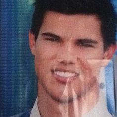 Happy 20th Birthday Taylor Lautner I love ya babe<3