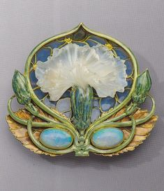 "shewhoworshipscarlin: ""Brooch by Rene Lalique, 1900-02. """