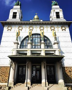 Kirche am Steinhof, Otto Wagner Spital #wienerfassaden #cmtgmoments Best Rated, Kirchen, Professional Photographer, This Is Us, Mansions, Nice, House Styles, Building, Instagram Posts