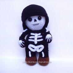 Mr. Skeleton amigurumi by Little Bamboo Handmade