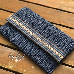 Crochet Clutch Bags, Crochet Handbags, Crochet Bags, Crochet Waffle Stitch, Diy Tote Bag, Pouch, Wallet, Knitted Bags, Pin Collection
