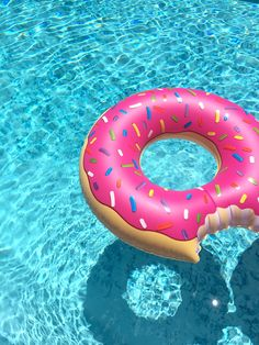 Donut floats