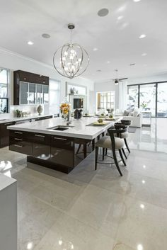 15 Dream Kitchens That Are Too Good to Be True Modern Kitchen Island, Modern Kitchen Cabinets, Modern Kitchen Design, Kitchen Flooring, Interior Design Kitchen, Kitchen Designs, Plywood Kitchen, Kitchen Peninsula, Oak Cabinets