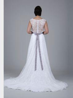 Wedding Dresses, Tops, Fashion, Bridal Gown, Curve Dresses, Bride Dresses, Moda, Bridal Wedding Dresses, Fashion Styles
