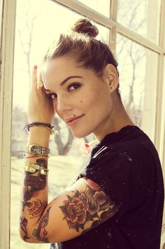 She's gorgeous and I love her sleeve!