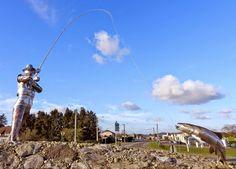 Rond point Le pêcheur de saumon de NAVARRENX (64)