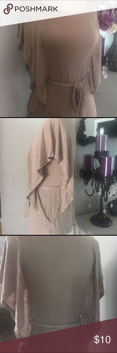 Gorgeous Brown Top Gorgeous brown top | great for summer| perfect condition | No damages.                                                                                                    ⚡️ Fast shipper.                                                                                      % bundle discount Tops