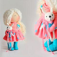 "86 Me gusta, 3 comentarios - Куклы ручной работы (@_little_dolls_) en Instagram: ""Продается! Продана!"""