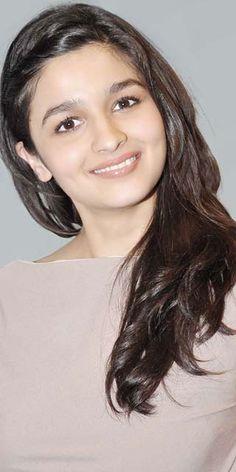 beautiful,cute,innocent...what not? ......Alia Bhatt