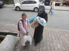 Sveriges Lions samlade i december in pengar för att hjälpa flyktingbarn som befinner sig i Turkiet. Nu har 460 barnfamiljer fått hjälp; mat, blöjor och...
